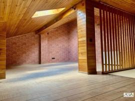 3 Camere + Mansarda - Ideal pentru familie