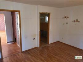 Apartament 3 camere decomandat Scriitorilor,10AHG