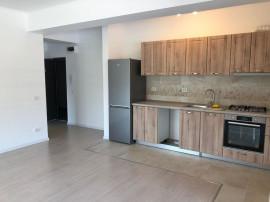 Apartament 2 Camere + Curte Proprie - Metrou Brancoveanu