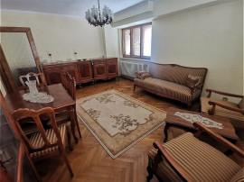 ULTRACENTRAL   4 camere   confort 1 decomandat   disponibil