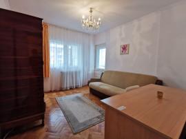 Apartament cu 3 camere zona P-ta Ion Mester