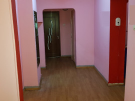 Apartament 4 camere Cantacuzino stradal-, 1a, dec, parter