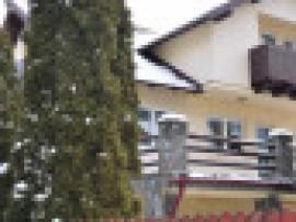 Busteni-Vila de vacanta Poiana Tapului