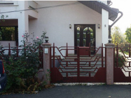 R01586 Casa cu teren Roman Cartier Favorit (fara comision)