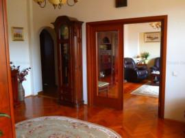 Duplex vila Cotroceni etaj 2+mansarda renovat Arenele BNR