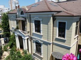 CENTRU-Vila cu arhitectura deosebita!