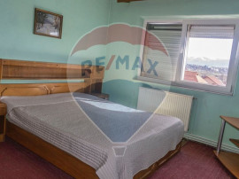 Apartament 3 camere + pivnita | Decomandat | Turnisor
