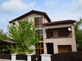 Vila si teren generoase, piscina, zona Pipera