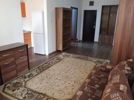 Inchiriez apartament 2 camere zona Boul Rosu