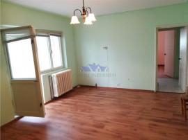 Apartament 3 camere, D, 82 mp, et int, zona Pacurari
