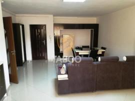 Apartament complet mobilat 78 mp 2 camere si dressing in Str