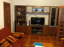 Apartament 4 camere,spatios si mobilat modern, zona Piata...