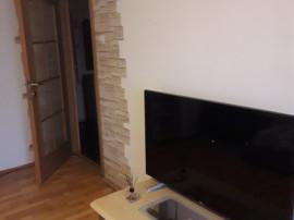 Apartament 3 camere ( cazare) Pitesti central