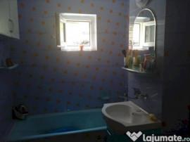 Apartament 4 camere, Zona Tomis 3