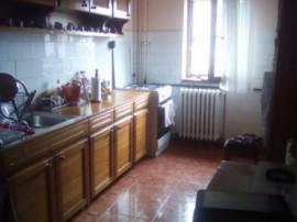 Apartament 3 camere strada Mogosoaia
