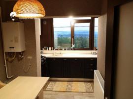Apartament cu 2 camere, decomandat, mobilat si utilat