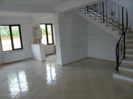 Vila Impecabila   4 Camere   Zona Otopeni Central