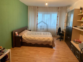 Apartament cu 4 camere, zona Sebastian