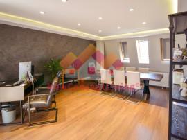 Penthouse noi, 4 camere + bucatarie separata, terasa 32 mp