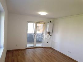 Apartament intabulat 3 camere si terasa de 60 mp de in Sibi