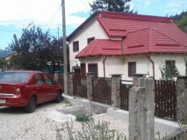 Vila superba S+P+E, in Sinaia aproape de Gara, pe DN1