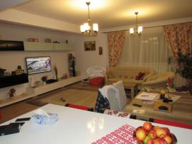 Apartament cu 4 camere in cartier Andrei Muresanu