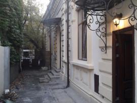 Casa deoseb Eroilor Cismigiu Piata Romana Stirbei Berthelot
