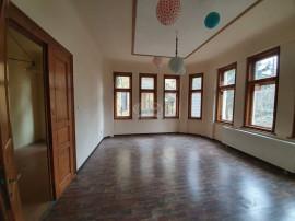 Apartament pe Emil Racovita