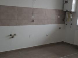 Apartament 2 camere semidecomandat, 46 mp, Etajul 3 din 4