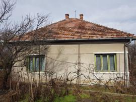Casa cu 3 camere in cartierul Andrei Muresanu