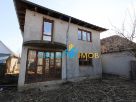 Vila (Casa) P+1 Galbeni, com. Nicolae Balcescu