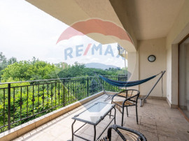 Apartament spatios cu 3 camere, Peninsula Petricani