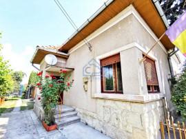 Casa, 3 camere, 110 mp, curte 80 mp, zona str. Take Ionescu