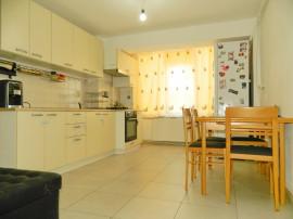 Inchiriez apartament 2 camere, bloc nou, strada Hunedoarei