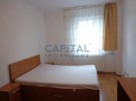 Inchiriere apartament 4 camere decomandat + parcare, Manastu
