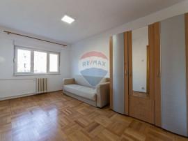 Apartament cu 4 camere de vânzare în zona Functionarilor