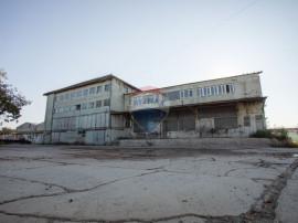 Spațiu industrial +teren de vânzare în zona Barabant