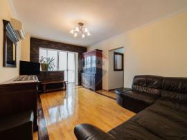 Apartament cu 4 camere de închiriat în zona P-ta Spital...