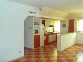 2 camere ONIX-Grivitei, decomandat, etaj intermediar,66.000€