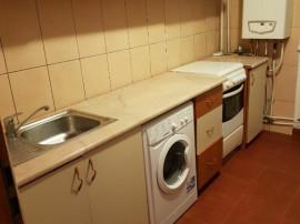 Inchiriez Apartament 2 camere Carpati