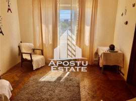 Apartament cu 2 camere, semidecomandat, in zona Girocului