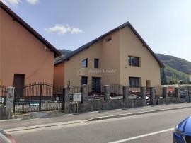 Vila P E, 10 Camere, 10 Bai, Bunloc Brasov