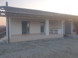 Casa in Onesti, zona Andrasesti!