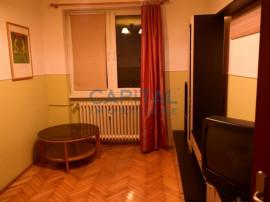Apartament cu 3 camere decomandat, Plopilor Vechi, 67mp, gar