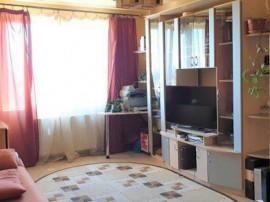 Apartament 3 camere etaj intermediar Calea Bucuresti,108CB