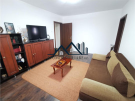 Apartament renovat la etajul 2 cu 3 camere in zona Ciresica