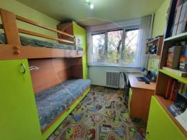 Apartament cu 3 camere pe malul Crisului Repede in zona D...