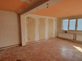 Ploiesti z. B.Bucov casa 6 camere P+E+M la 85000 eu