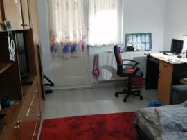 2 camere Astra, Calea Bucuresti, decomandat, etaj 1, renovat