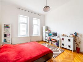 Apartament pe Mărășești, cu grădină proprie.